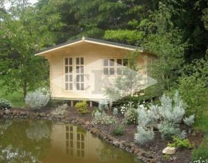 austen-backyard-cabin